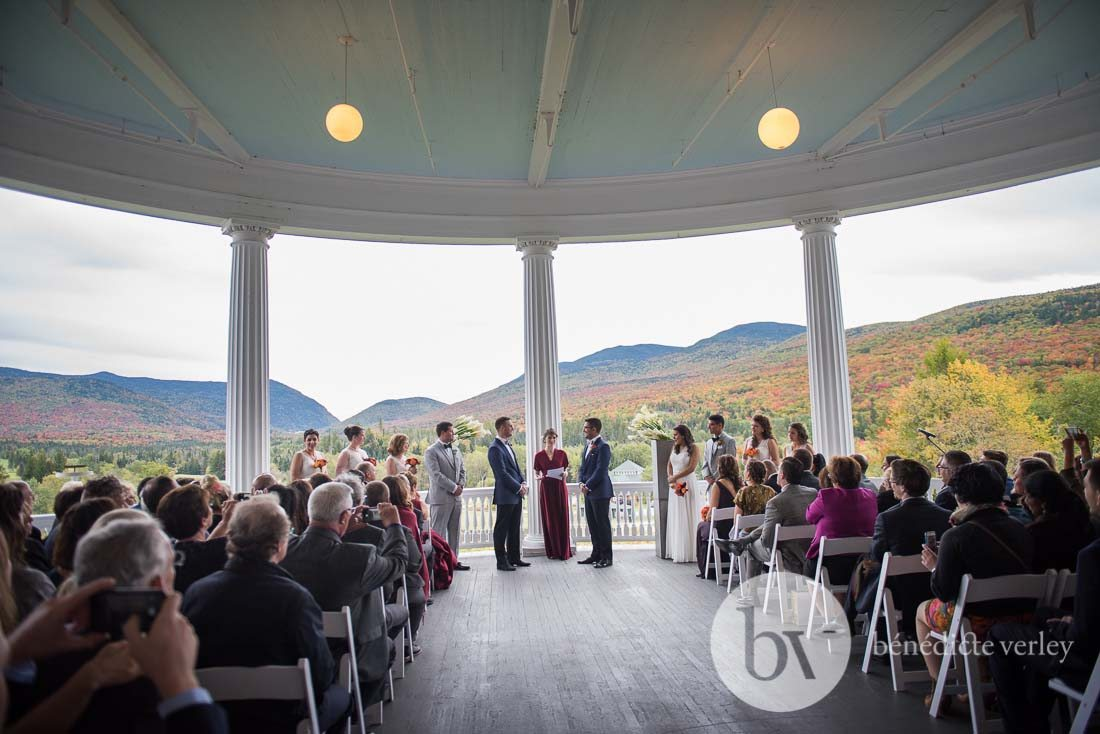 wedding planning strategies for creating your wedding guest list